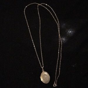 Avon Vintage Sterling Silver Locket